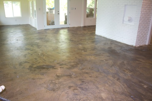 Stained Concrete Floors In Homes : How we stained our concrete floors savvy apron