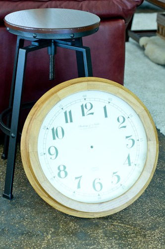 DIY Clock Table