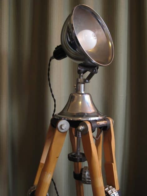 This DIY floor lamp is so easy to make. All you need is an old telescope and a clamp lamp.