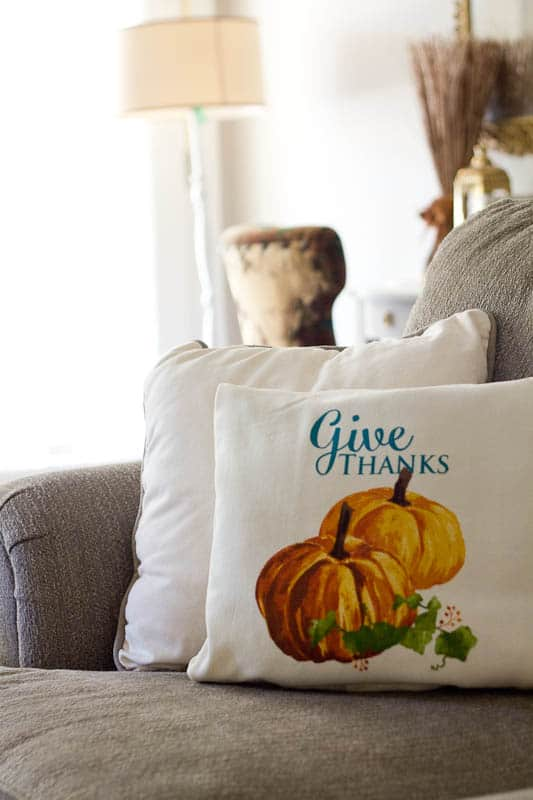I have teamed up with 7 talented bloggers for There is No Place Like Home Fall Home Tour.