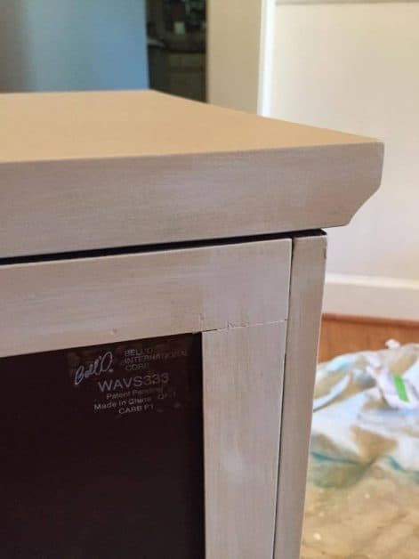 You can easily makeover a out-of-date TV console with paint.