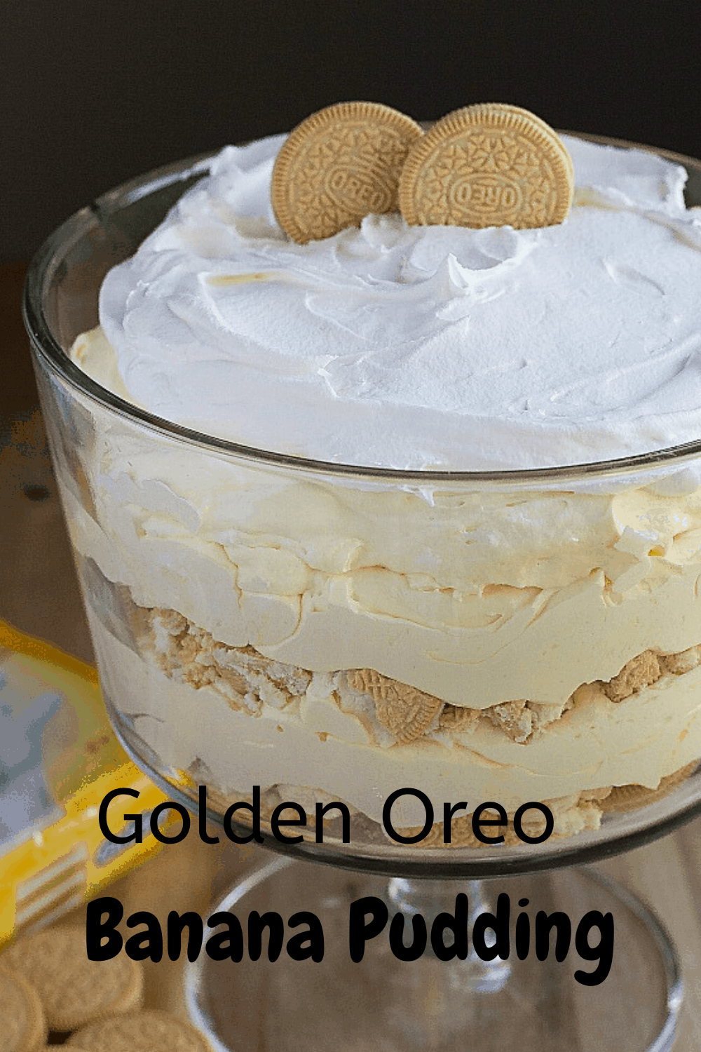 This Golden Oreo Banana Pudding is the best pudding I have ever had.