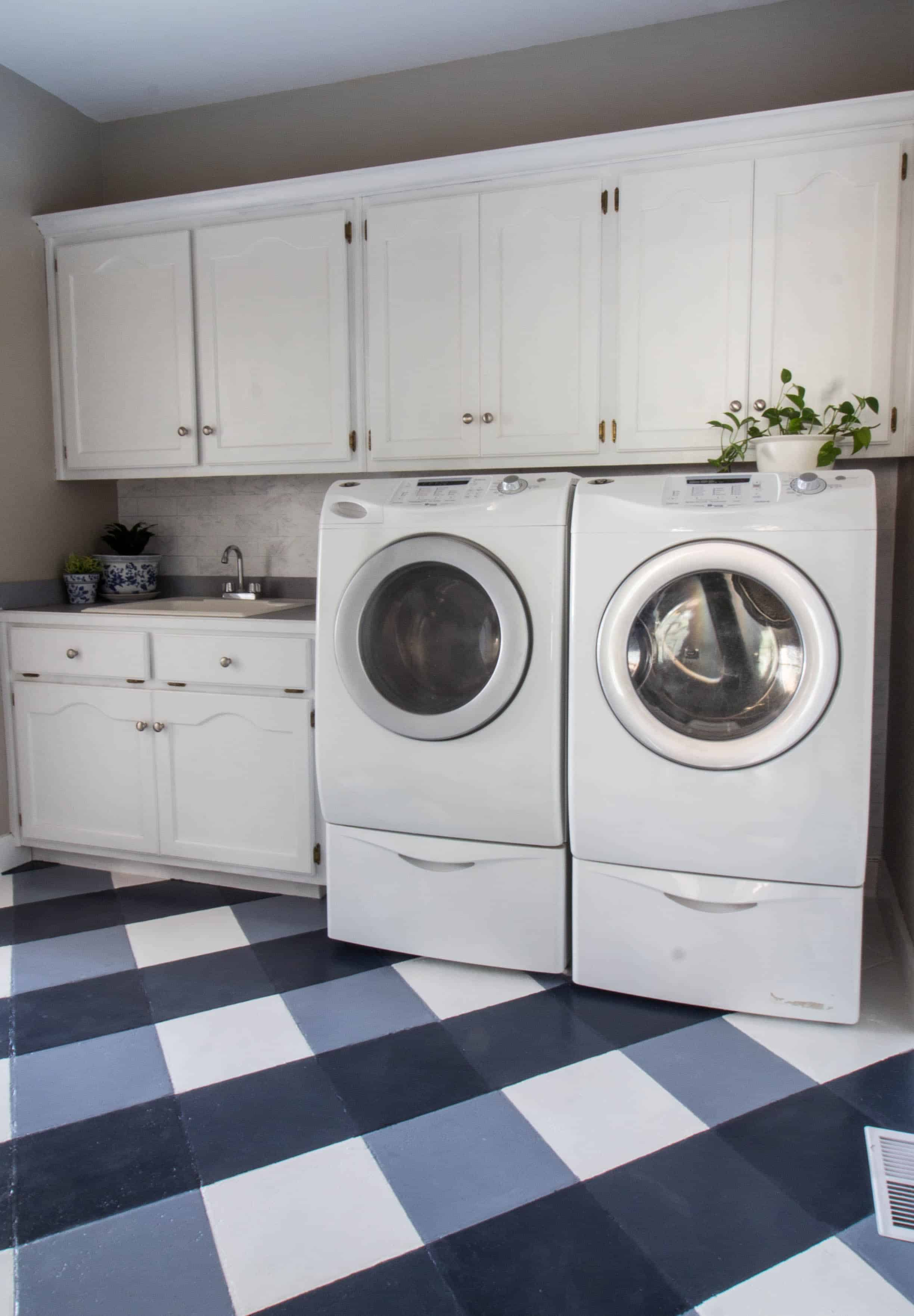 $100 Room Challenge Laundry Room