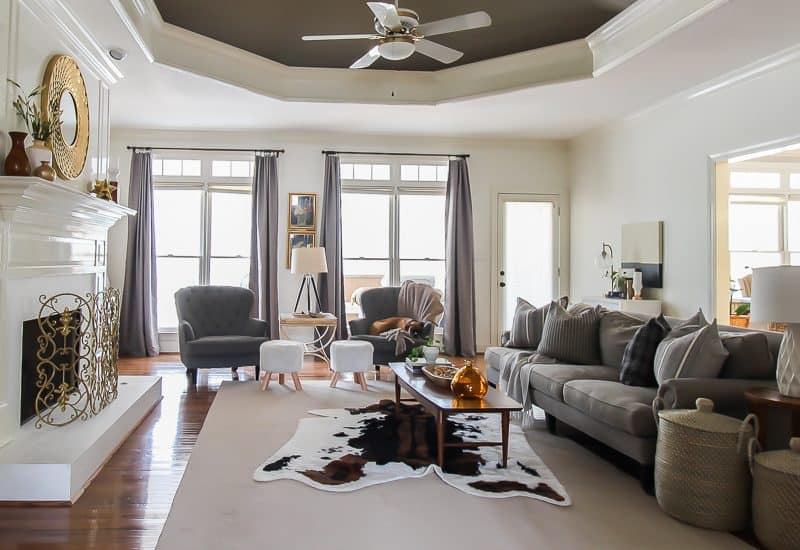 Update your old ceiling fan without taking the fan down.