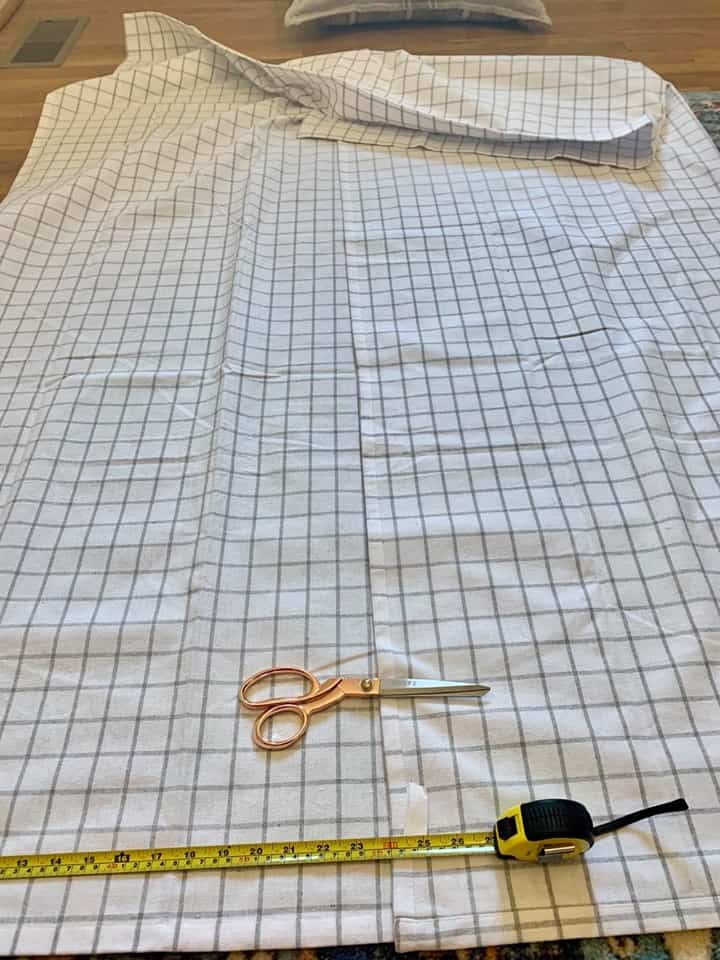 Cut the squares for the covers from the shower curtain.