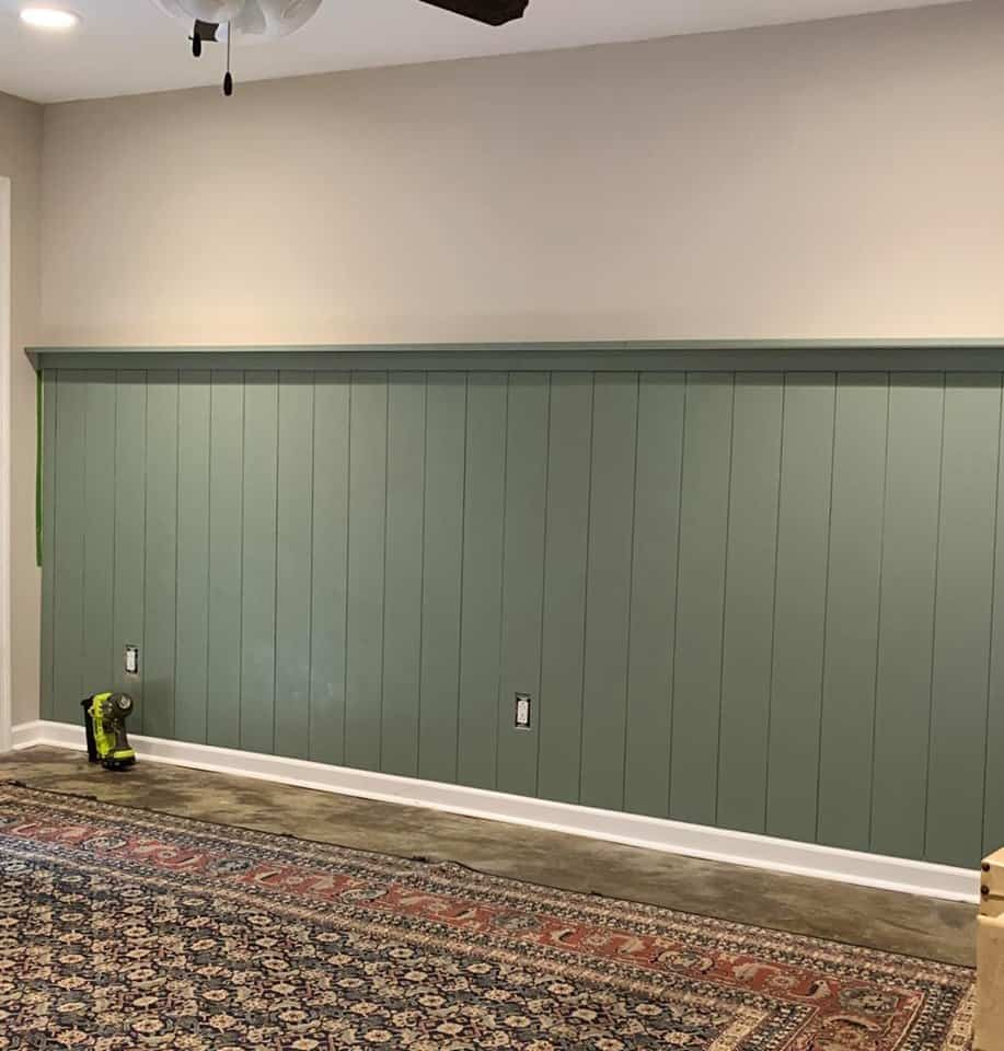 Vertical shiplap for the One Room Challenge.