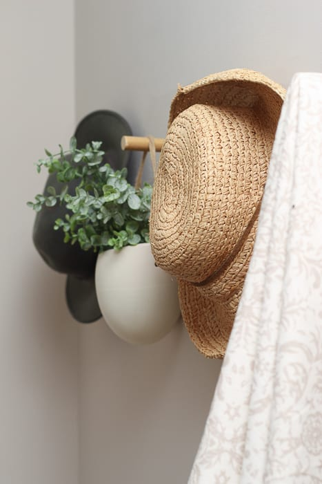hats for wall hooks