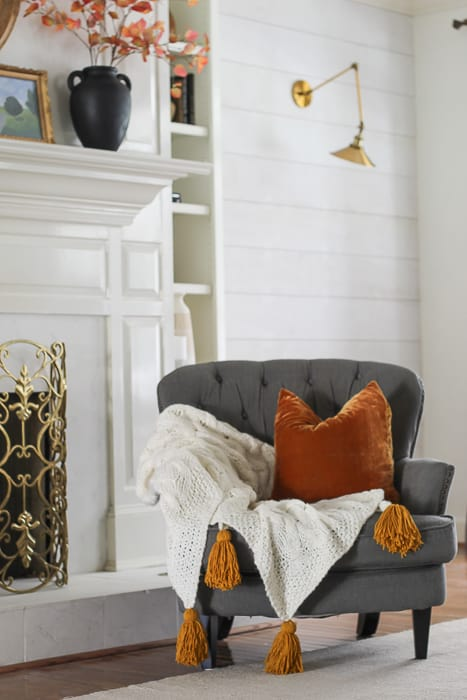 DIY throw with chunky tassels